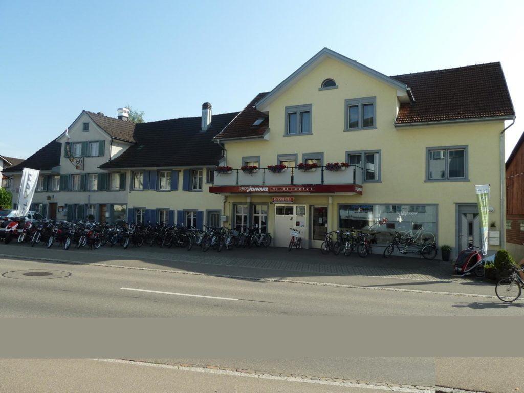 Lokalität von Hans Schwarz nach der Renovation der Aussenfassade